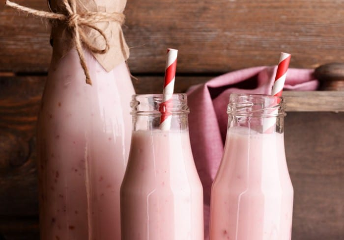 Raspberry cheesecake smoothie 700x489