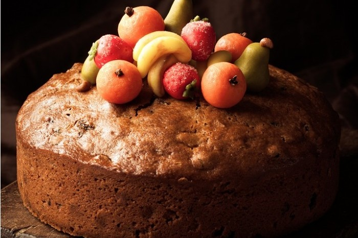 Spiced Apple Christmas Cake 700x513