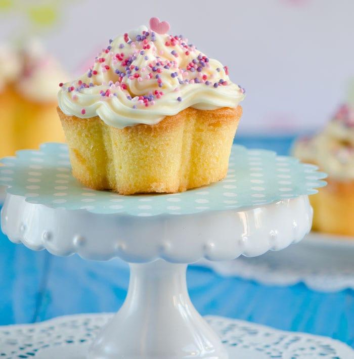 Vanilla Suga Bubble Cupcakes