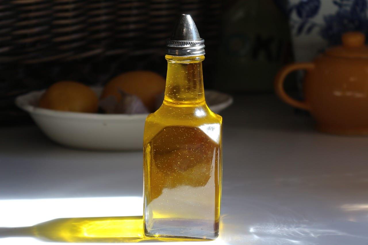 basic ingredients oil