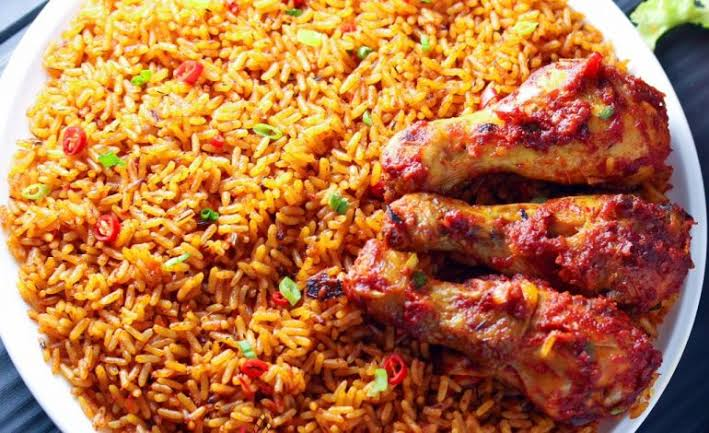 Know the Differences Between Nigerian and Ghanaian Jollof Rice ...