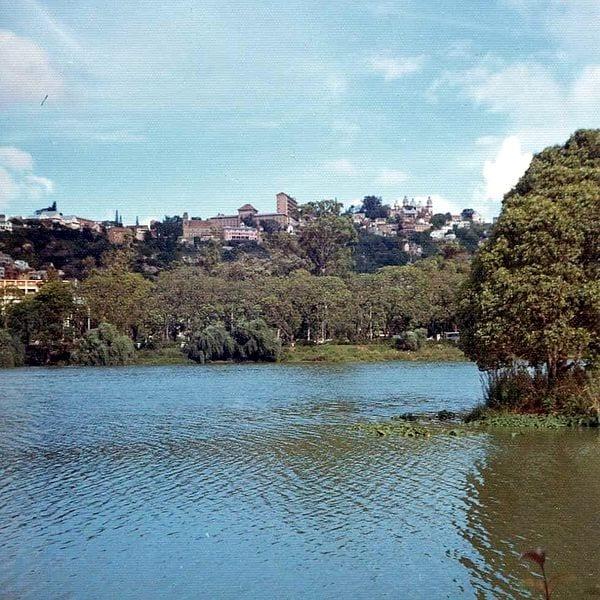 Things To Do In Antananarivo 600px Lac Anosy Tananarive 3201432284