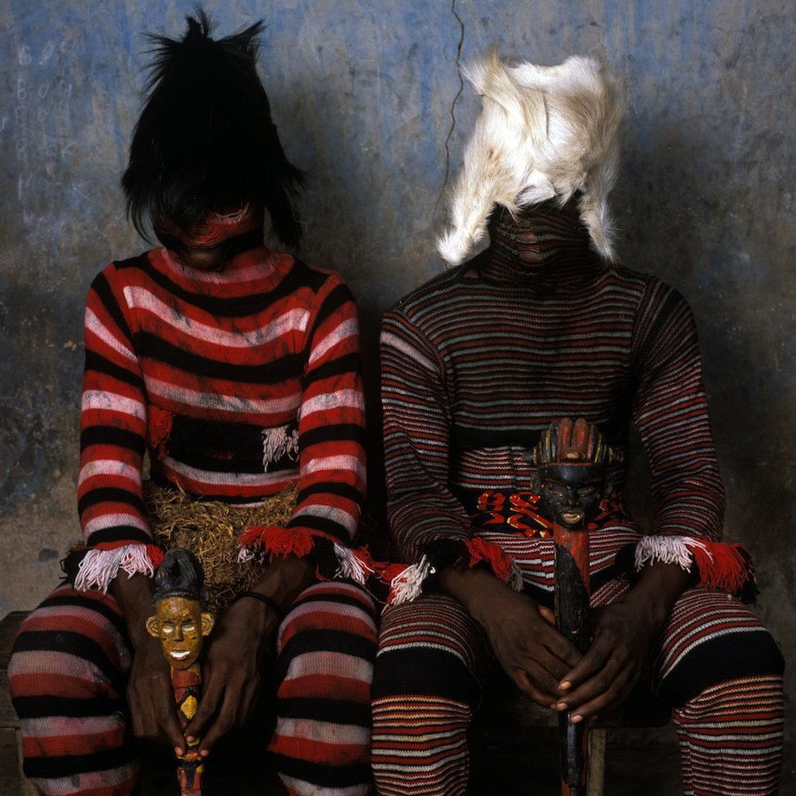 Phyllis Galembo Maske Akata Dance Masquerade 1